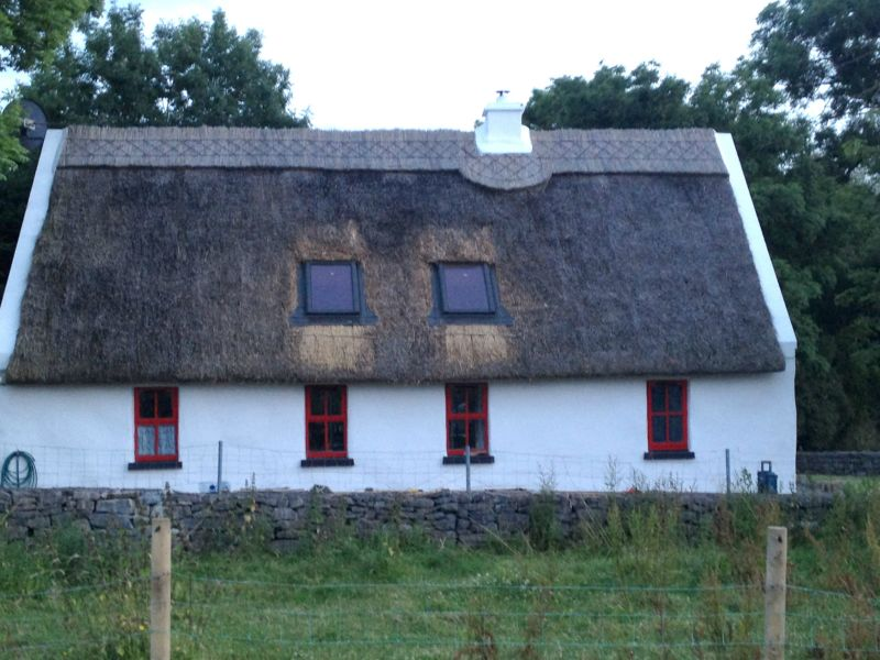 ballirobe thatched cottage