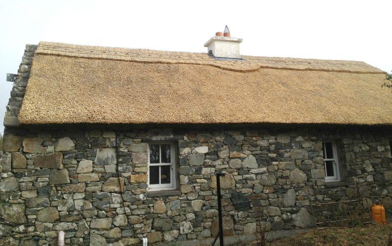 finn thatched cottage galway ireland