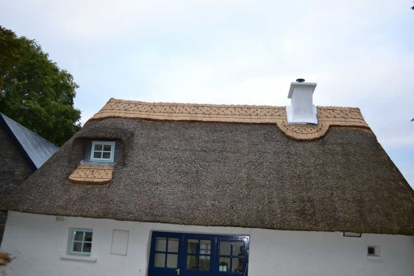 completed thatch exterior finish