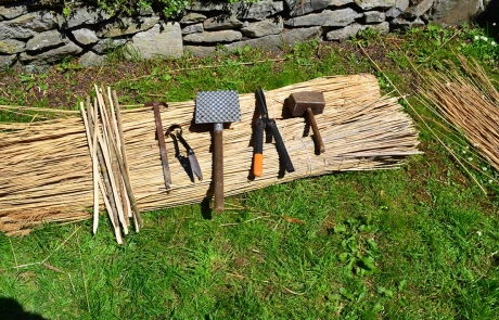finn-tools-for-thatching-services